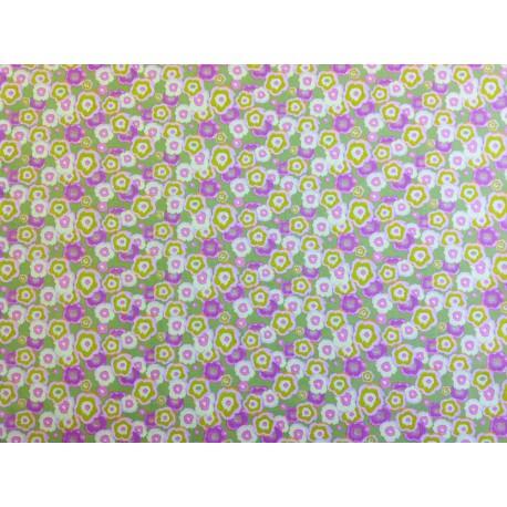 """Tela Patchwork  estampado floral en tonos rosa, lila y amarillo. """"Merry go Round"""" by Nel Whatmore for Free Spirit"""